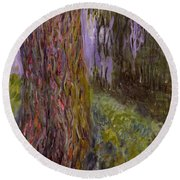 Weeping Willow And The Waterlily Pond Round Beach Towel