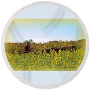 Welcome To Gorman Farm In Evandale Ohio Round Beach Towel