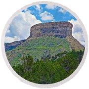 Welcoming Mesa To Mesa Verde National Park-colorado- Round Beach Towel