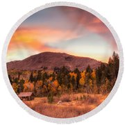 Western Barn At Sunset II Round Beach Towel
