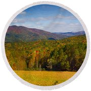 Western North Carolina Horses And Mountains Panorama Round Beach Towel