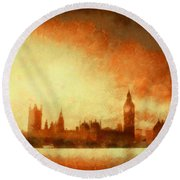 Westminster At Dusk Round Beach Towel