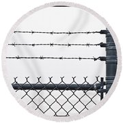 Wet Barbed Wire Fence In Heavy Fog E69 Round Beach Towel