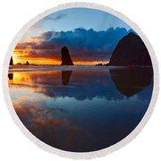 Wet Paint - Sunset In Oregon Round Beach Towel