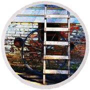 Wheel And Ladder Round Beach Towel
