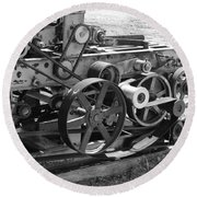 Wheels Gears And Cogs Round Beach Towel
