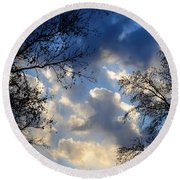 Whispers Of Winter Present Round Beach Towel