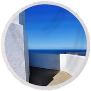 White And Blue To Ocean View Round Beach Towel