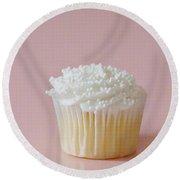 White Cupcake On Pink Round Beach Towel