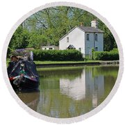 White House And House Boat Round Beach Towel