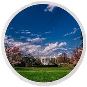 White House Lawn In Spring Round Beach Towel