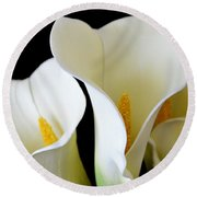White Lily Trio Round Beach Towel