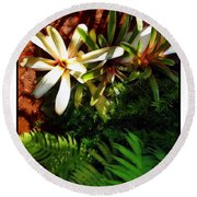 White Maui Flowers Round Beach Towel