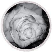 White Rose Passion Impression Round Beach Towel