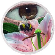 White Tailed Bumble Bee Upon Lily Flower Round Beach Towel