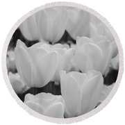 White Tulips B/w Round Beach Towel