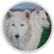 White Wolves Round Beach Towel