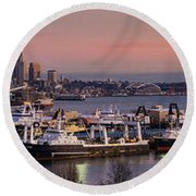 Wider Seattle Skyline And Rainier At Sunset From Magnolia Round Beach Towel