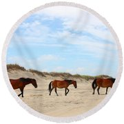 Wild Horses Of Corolla - Outer Banks Obx Round Beach Towel