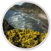 Wildflowers On An Atypical Winter's Day On The Oregon Coast Round Beach Towel