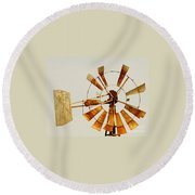Wind Driven Rust Machine Round Beach Towel