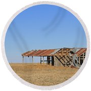 Windblown Barn Round Beach Towel