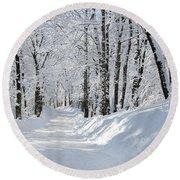Winding Snowy Road In Winter Round Beach Towel