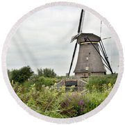 Windmill Of Kinderdijk Round Beach Towel