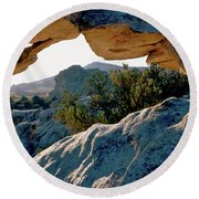 Window Arch City Of Rocks Idaho Round Beach Towel