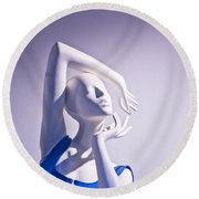 Window Mannequins 3 Round Beach Towel