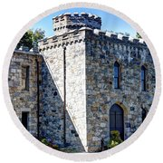 Winnekenni Castle Front View Round Beach Towel