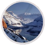 612702-winter Desert River, Ut Round Beach Towel