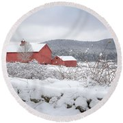 Winter In Connecticut Round Beach Towel