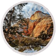 Winter Morning In Zion Round Beach Towel