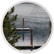 Winter On Lake Coeur D' Alene Round Beach Towel