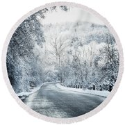 Winter Road In Forest Round Beach Towel