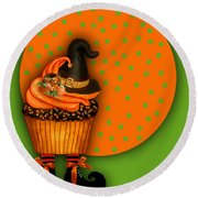 Witch Cupcake 5 Round Beach Towel
