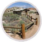 Wolfes Ranch - Arches Nationalpark Round Beach Towel
