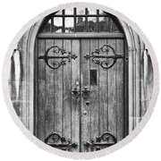 Wooden Door At Tower Hill Bw Round Beach Towel by Christi Kraft
