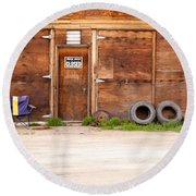 Wooden Gate Of Rural Timber Building Closed Sign Round Beach Towel