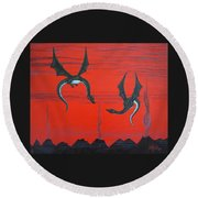 Wooing Dragons Round Beach Towel