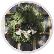 Wool And Feather Wreath Round Beach Towel