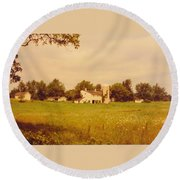 Working Barns And Landscape Round Beach Towel