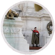 Wreath And Guard At The Tomb Of The Unknown Soldier Round Beach Towel
