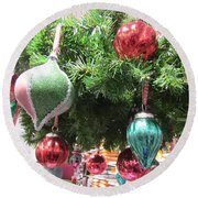 Baubles Round Beach Towel