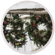 Wreaths For Sale Colonial Williamsburg Round Beach Towel