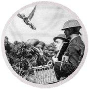 Wwi Releasing British Carrier Pigeon Round Beach Towel