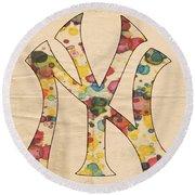 Yankees Vintage Art Round Beach Towel
