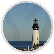 Yaquina Head Lighthouse 4 E Round Beach Towel