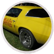 Yellow Classic Car Diablo At The Show Round Beach Towel
